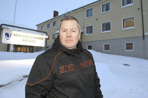 KLARER IKKE LEVERE TJENESTER: Ordfører i Båtsfjord, Ronald Wærnes, reagerer sterkt på Telenors tjenester. Han mener også at Telenor må lage en reserveløsning.