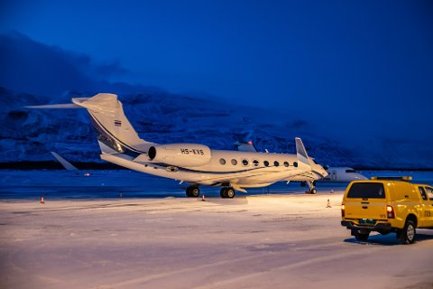 RIKINGFLY: Gulfstream G650ER som her står på Lakselv lufthavn mandag, har en prislapp på 610 millioner kroner.