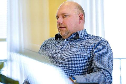 HETSET: Ordfører i Vadsø, Hans-Jacob Bønå, har vært åpen om netthetsen han har opplevd som politiker. Nå håper han nye tiltak fra politiet og PST vil føre til at dette vil ta slutt.