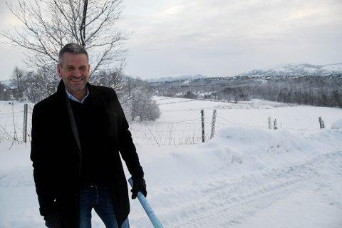 STORE PLANER: Harald Karlstrøm har sammen med Coop store planer for nytt sentrum på Prestegårdsjordet, men får nei av kommunen.