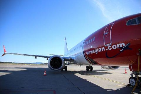 INNSTILT: Slik ble flyet stående - uten å ta av. Det kan skje med flere av sisteflyene fra Gardermoen til Tromsø denne sommeren.