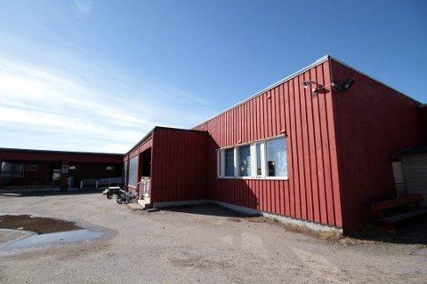 STORE FORSKJELLER: Det er store skjevheter i kjønnsfordelingen blant de ansatte i barnehagene, også i Finnmark. Ved denne barnehagen i Vardø, er det kun en mannlig ansatt.