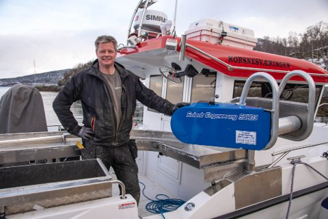 Jan Inge monterte utstyr for garndrift på båten «Korsnesværingen», som eies av familien Vekve.