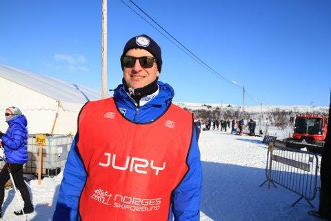 ARTIKKELFORFATTER: Andreas Rystrøm, leder i Vadsø skiklubb. Bildet er tatt under NNM i Vadsø.