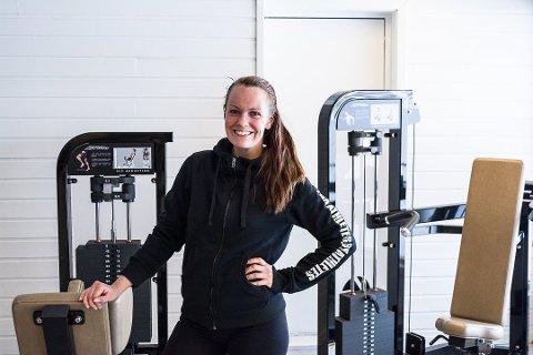 MYE ARBEID: Ina Leikvoll-Grønaas hjelper kundene sine med kosthold og trening. Det var etter at hun gjorde seg selv frisk, at hun fant ut hva hun skulle jobbe med.