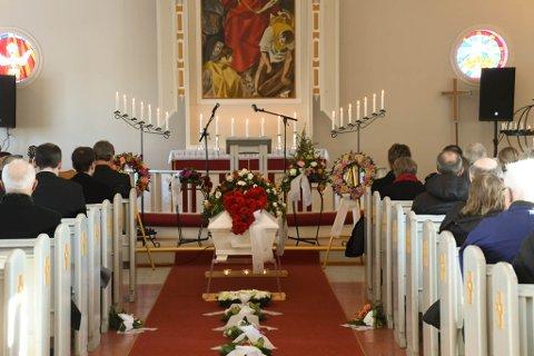 Begravelse Jostein Johansen, Elvebakken kirke.