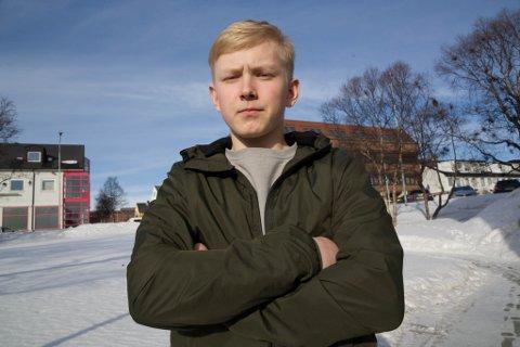UTFORDRING: Daniel Tihomirov har satt seg NHL som mål. Første stopp er Toppidrettsgymnas i Skien.