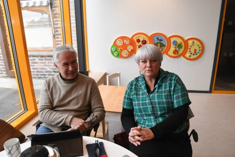 REAGERER: Torfinn Reginiussen og Kristen Jensen, begge Alta Ap, reagerer på at at det skal utredes om Klinikk Alta skal få klinikksjef.