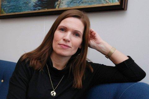 BESKYLDNING: Stine Akselsen ventet reaksjoner og kritiske spørsmål da hun tok valget om å flytte til Tromsø med familien. Beskyldningene hun fikk, ble likevel litt for meget.