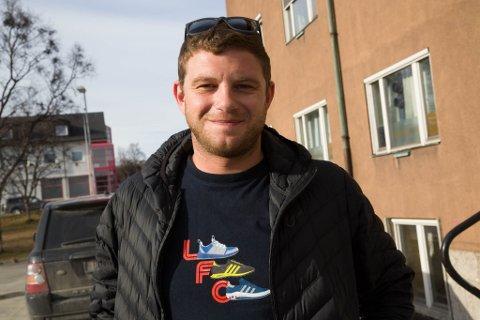 FAN: Liverpool-supporter Anton Romanov skal på Champions League-finalen mot Tottenham i Madrid 1. juni.