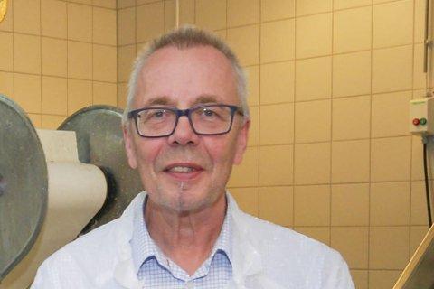 DOBBELTROLLE: Geir Remme er rektor både på Vardø videregående og Vadsø videregående, men det er midlertidig. Begge skolene skal ha egen rektor.
