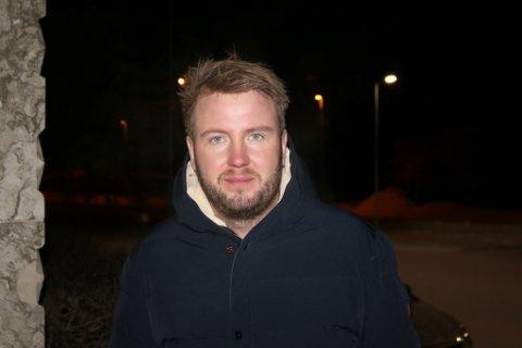 PREGET: Torbjørn Brox Webber forteller at kirken i Varanger er preget etter vanskeligheter med å ansette folk.