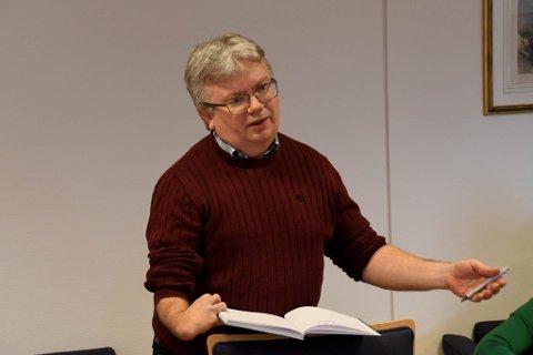 TILTAK: Kommunalleder John Helland for helse og sosial i Alta kommune må innen mandag finne kuttiltak for 12,8 millioner kroner.