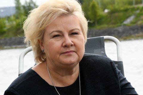 BEKYMRET: Statsminister Erna Solberg (H) advarer mot økt usikkerhet som følge av lokalt folkevalgte ambisjoner om omkamp rundt regionreformen.