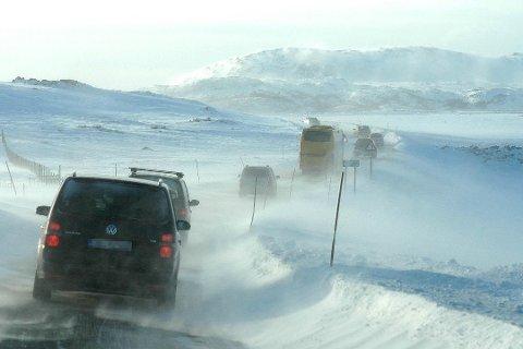 STENGTE VEIER: Finnmark har sett færre stengte veier i 2018 til 2019.