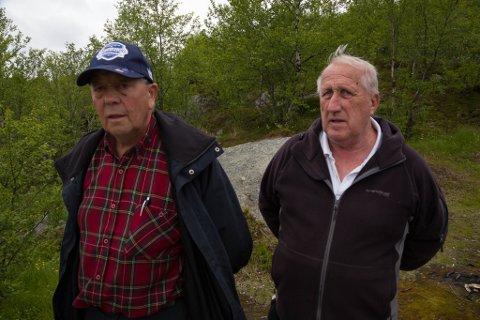 FORETAKSOMME: Rundt ti pensjonister i Bjørnevatn IL jobber masse dugnad for klubb og befolkning. To av dem er Einar Berg og Paul Sivertsen.