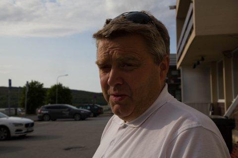 JULENISSEN: Bjørn-Eirik Mikkola mener å tro på denne jernbanelinjen er som å tro på julenissen.