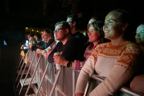 BOLYST: Årlige festivaler som Sørøyrocken er med på å skape bolyst i Hasvik kommune, slår juryen fast. Her fra årets Sørøyrock på Sørvær.