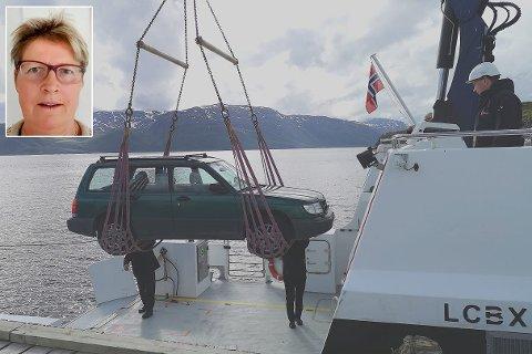 FORNØYD: Merete H. Bergly er er fornøyd med at båtruta i ukedagene til Hakkstabben gjeninnføres. Montasje. Foto: Privat