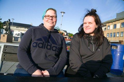 PRIDE: Marianne Havelin Erlandsen (til venstre) og Silje Hoffi aktivitetsgruppa Fri forbereder seg til Barents Pride og håper å få med seg Sør-Varanger kommune på laget.