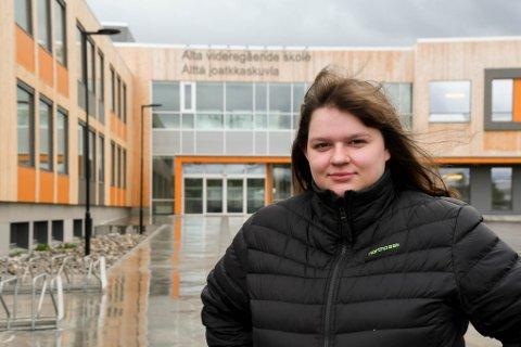 Therese Elverum (23) i Alta ble kastet ut fra Alta videregående skole.