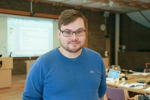 KRITISK: Fylkesvaraordfører Tarjei Jensen Bech (Ap) kritiserer statsminister Erna Solbergs utspill om de videregående skolene i Finnmark.