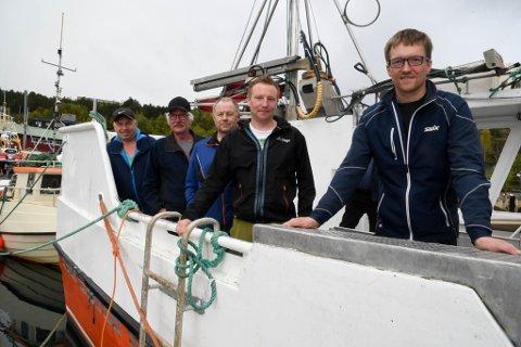 VIL HA TILGANG: Fiskere i Alta vil ha krabbekvoter også for fiskere i Vest-Finnmark. Her er Magne Andersen (fra venstre), Harald Ingebrigtsen, Hans Arild Hansen, Alf-Inge Pedersen og Øyvind Nilsen.