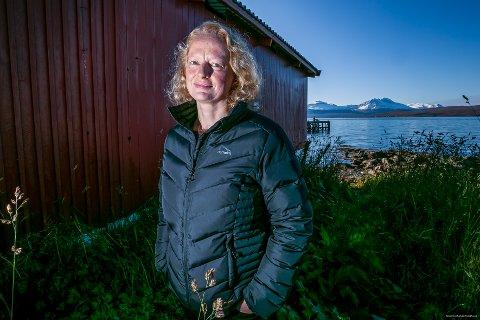 GIR UT BOK: Trine Hamran (48) trodde hun var forberedt, da ektemannen Osvald Harila ble alvorlig syk og fikk kreftdiagnosen. Hun var ikke det. I sin bok «Farvel, min venn» som kommer ut nå, beskriver Hamran det å leve mens døden kommer stadig nærmere. Mannen hennes døde i 2016.Foto: Torgrim Rath Olsen