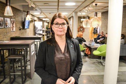 STÅR PÅ KRAVA: - Sennalandet er en like stor utfordring for pasienter på begge sider av fjellovergangen, sier Trine Noodt (V).