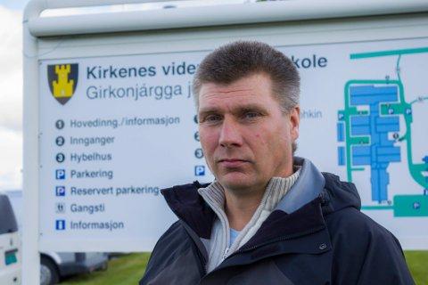 BLIR BEKYMRET: Øystein Hansen, rektor på Kirkenes videregående skole, mener meldingene om trusler mot skoler kan få enhver skoleleder til å bli bekymret.