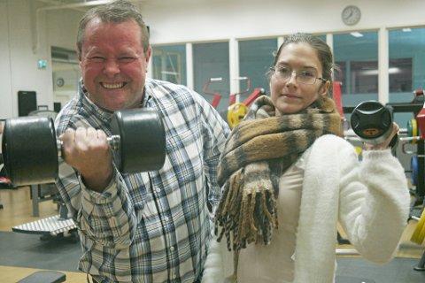 GI JERNET: Kjenner du noen som vil gi jernet i 2020, som iFinnmarks reporter Trond Ivar Lunga gjør her? Ta kontakt med journalist Christel-Beate Jorilldatter til høyre.