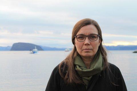 FRYKTELIG TRIST: Helene eier en hytte i Ytre Torskefjord, og tror et eventuelt oppdrettsanlegg vil ha alvorlige konsekvenser for dyre- og sjølivet.