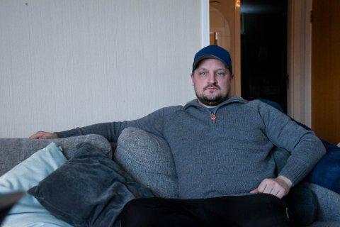 ARBEIDSSØKER: Stig-Andre Lundberg (35) i Alta ble permittert i mars, og ble senere oppsagt etter at kjøkkenet på Studenthuset City Scene stengte.