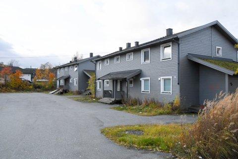 BOLIGER: Disse boligene i Spireaveien tilhører Stiftelsen Utleieboliger i Alta, som er opprettet av Alta kommune.