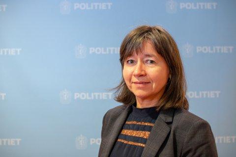 ØKER RESSURSER:- Vi er på samtlige grenseoverganger, sier leder for utlending og grensekontroll hos Finnmark politidistrikt, Lise Flø.