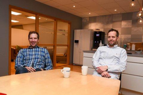 EIERE: Disse to er majoriteteiere i Kivijervi Entreprenør AS: Daglig leder Eirik Oksås Kivijervi (44, til venstre) og broren og styreleder Endre Oksås Kivijervi (39).