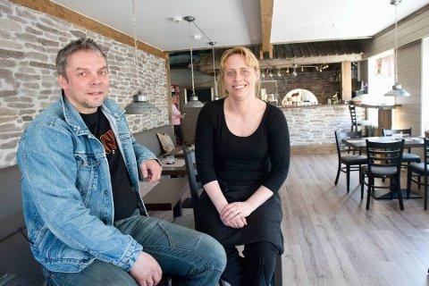 FORNØYD: Frode Grønberg driver bedriften sammen med  Monica Brantzæg. Ifjor endte bedriften med overskudd, og de to lederne har stor tro på positivt resultat også i 2020.