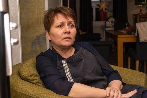 ALVORLIG: Når hun snakker om bortgangen til faren, året som har vært og sin egen sykmelding, blir Aina Borch alvorlig både i stemme og blikk.