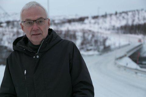 GLAD: Leder Terje Hansen i Sør-Varanger Frp er glad for at regjeringen nå er enige om å bevilge 42 millioner kroner til forprosjekt om nye Strømmen bru.