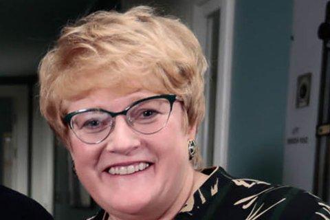 DÅRLIGE ELEVRESULTATER I FINNMARK: Kunnskapsminister Trine Skei Grande mener det haster å få alle lærerne videreutdannet og peker på de dårlige elevresultatene i Finnmark. – Jeg tror det er litt dårlig gjort overfor elevene i Finnmark. Det er dem vi gjør dette for. Det er jo ikke sånn at elevene har så gode resultater at vi kan sette denne reformen på vent, sier hun.