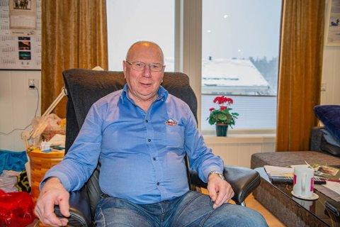 FARTSTID: Olaf Lampe har lang fartstid bak seg som laksefisker og staker i Altaelva. Rekorden er på 24 kg.