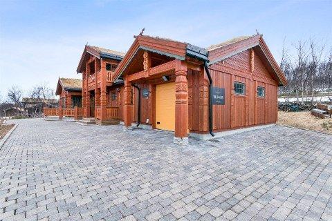 GOD PLASS: Hytta på Skaidi har fire soverom, to bad og et bruttoareal på 207 kvadratmeter. Med en prislapp på 4,5 millioner er den dyreste på markedet i Finnmark per dags dato.
