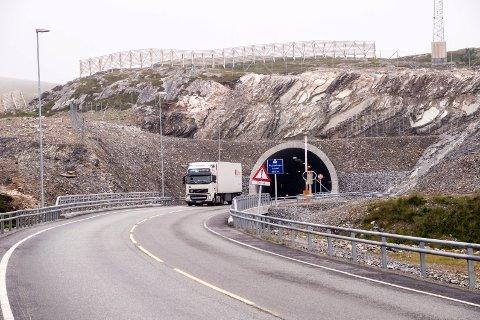 UTBEDRINGER: Tuneller på E69 og RV94 skal utbedres. Her er Skjåholmentunnelen avbildet ved en tidligere anledning.