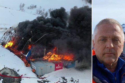 FULL BRANN: Hele verkstedteltet til Skanska gikk opp i røyk.