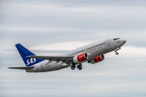 MED JET TILBAKE TIL BANAK: SAS åpner igjen en helårsrute mellom Lakselv og Oslo. Disse avgangene vil ikke kansleres.