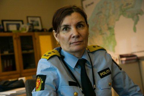 GLAD FOR AVKLARING: Politimester Ellen Katrine Hætta er glad for at saken har fått en avklaring. Hun sier det er viktig å få klarhet i situasjonen når det stilles spørsmål ved ansattes habilitet.