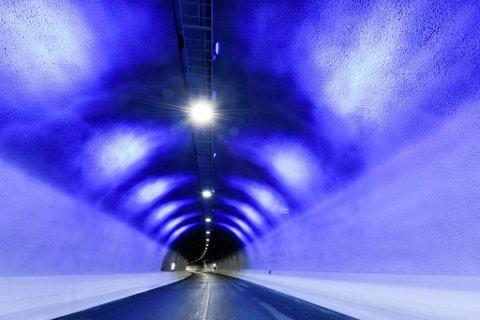 """TAPTE RETTSAK: """"Blålysvegene"""" i Trifontunnelen er en del av parsellen som Veidekke har bygd i Øst-Finnmark."""