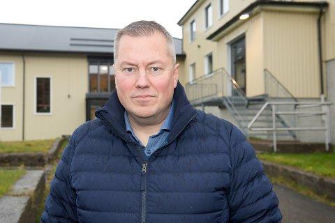 GLADSAK: Ordfører Ronald Wærnes er glad for at man kan få inn enda flere tilbud i den nye skolebygningen.