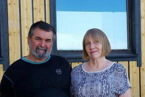 COMEBACK?: Carlos Leon har førsteprioritet hos Lisa Therese Rolén til å overta restaurantlokalene til Trattoria Capri. Her er han avbildet sammen med Elin Skjåvik.