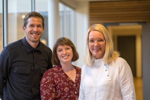 KREATIV INDUSTRI: Andreas Marskussen (33, digital markedsfører), Ingrid Birknes Langhelle (28, innholdsmarkedsfører) og Mette Suhr Berg (47, daglig leder) må snart flytte til større lokaler.